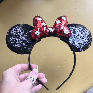 Other - BN Black sequin Minnie Mouse Ears Headband 🤩❤️